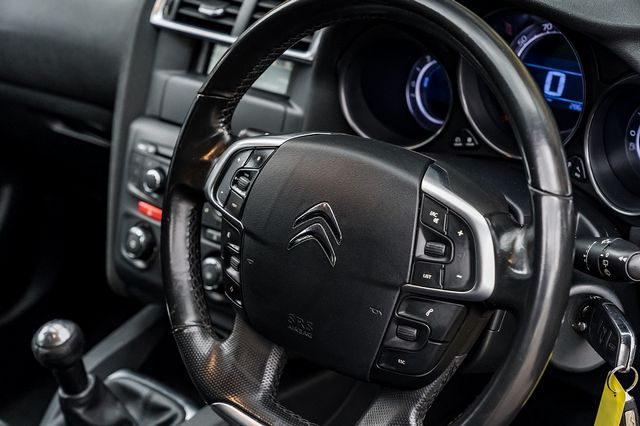 2010 CITROEN C4 1.6HDi 90hp VTR - Picture 18 of 34