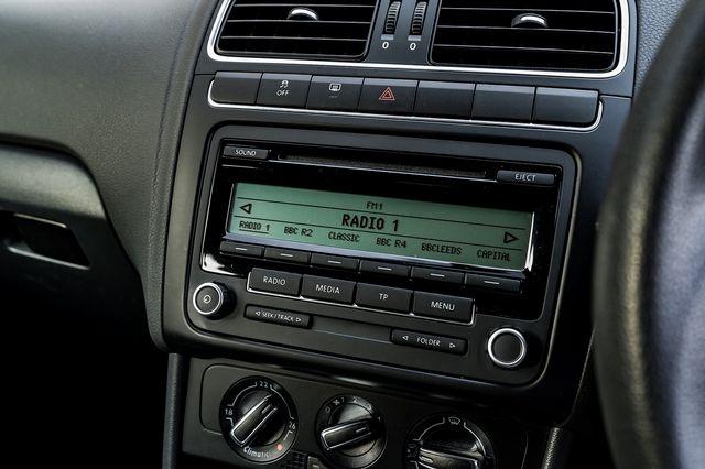 2010 VOLKSWAGEN Polo 1.4 85 PS SE 7 speed Auto DSG - Picture 22 of 40