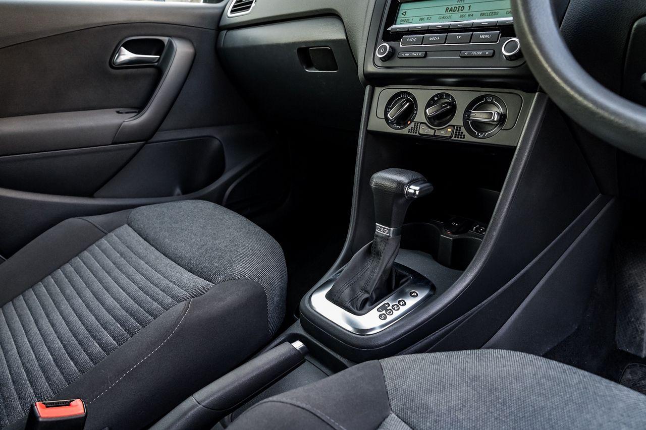 2010 VOLKSWAGEN Polo 1.4 85 PS SE 7 speed Auto DSG - Picture 23 of 40