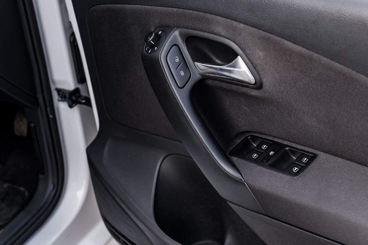 2010 VOLKSWAGEN Polo 1.4 85 PS SE 7 speed Auto DSG - Picture 30 of 40