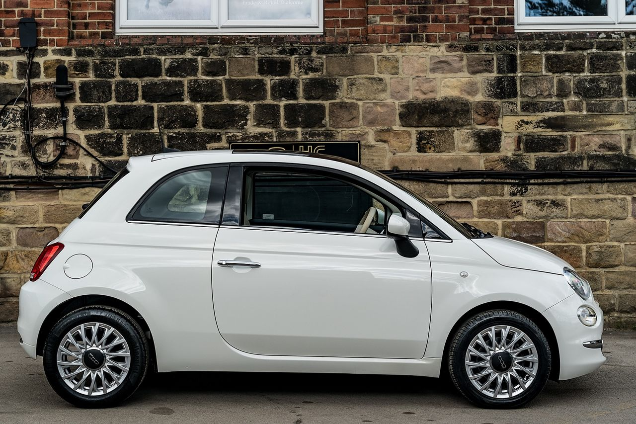 2017 FIAT 500 1.2i Lounge S/S - Picture 3 of 6