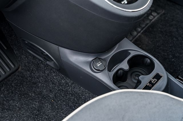 2017 FIAT 500 1.2i Lounge S/S - Picture 6 of 6