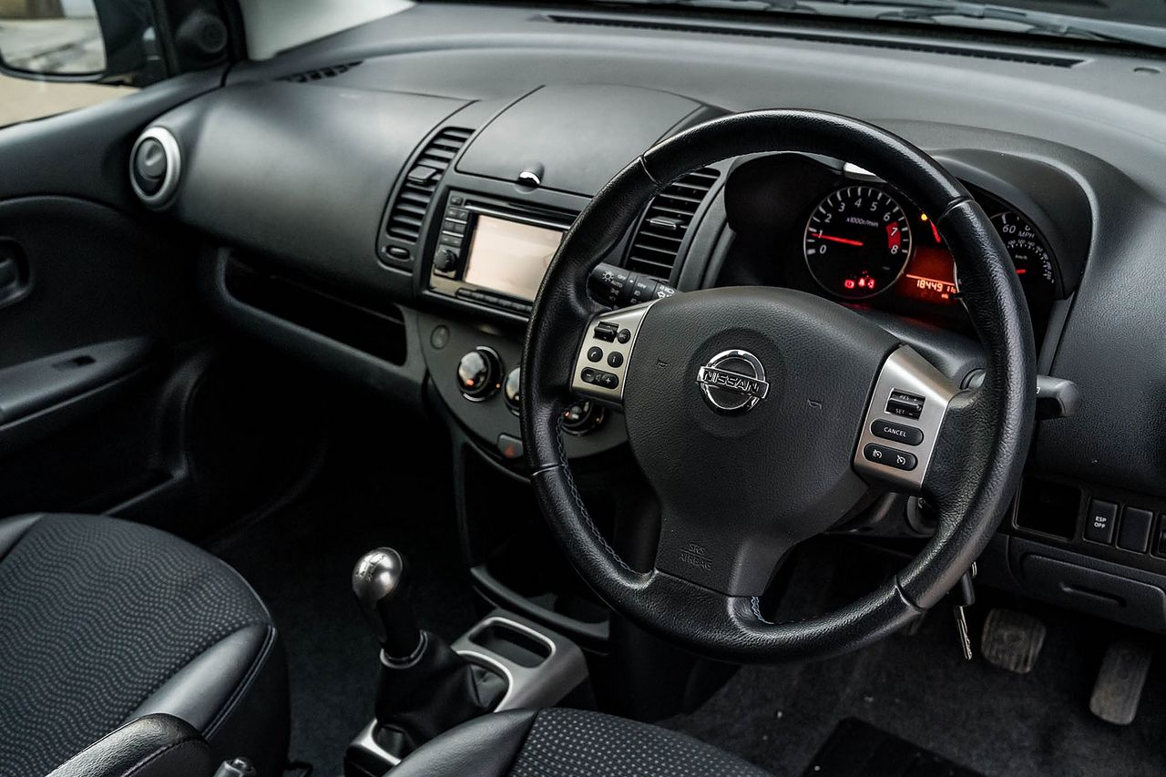 2012 NISSAN Note 1.4 16v n-tec - Picture 15 of 37