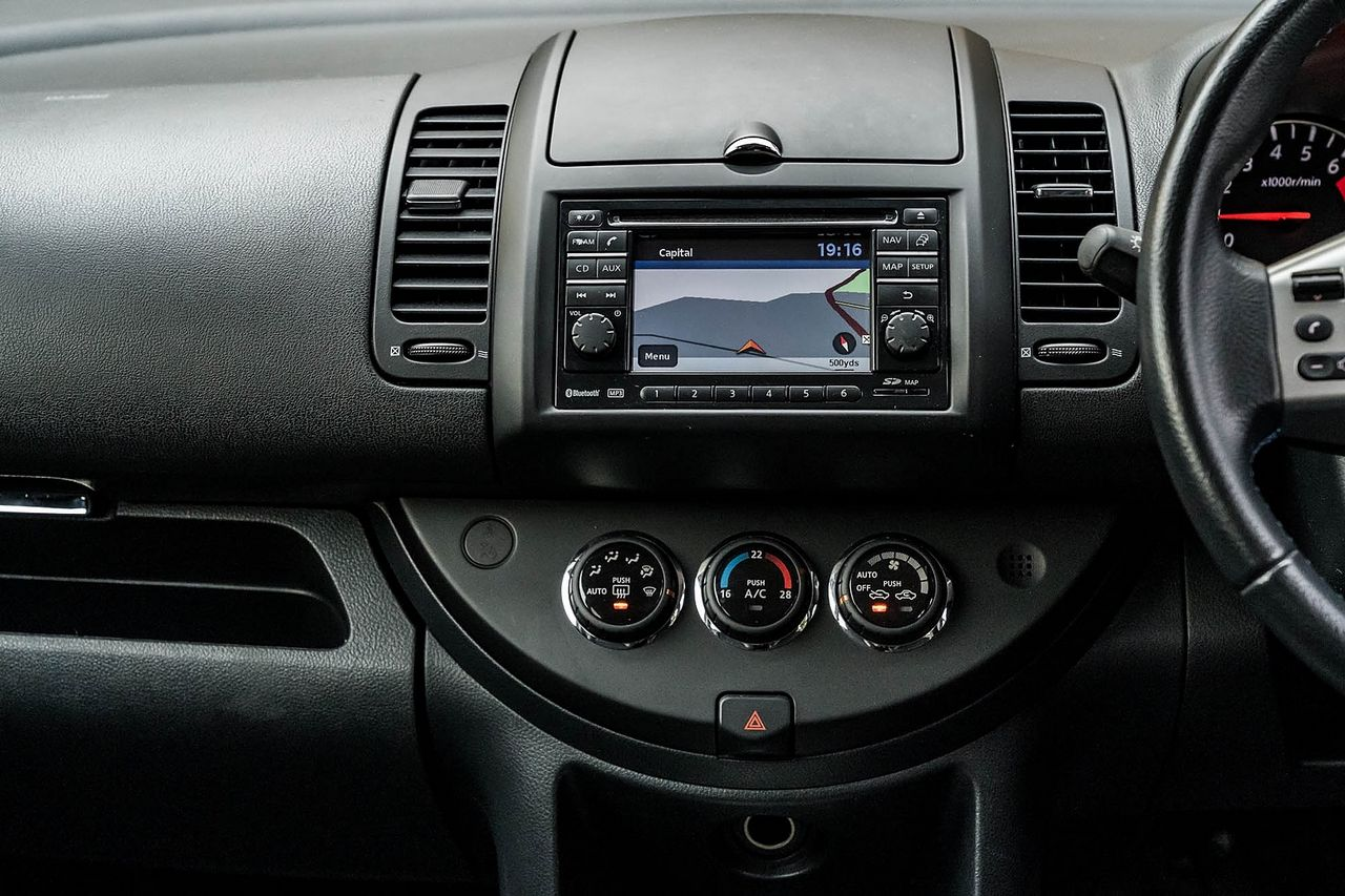 2012 NISSAN Note 1.4 16v n-tec - Picture 24 of 37