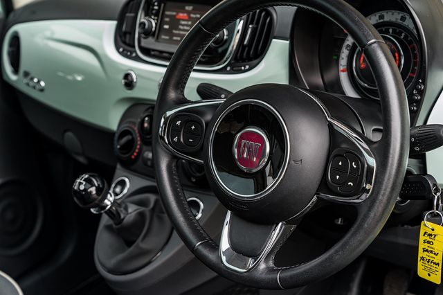 2018 FIAT 500 1.2i Lounge S/S - Picture 24 of 45