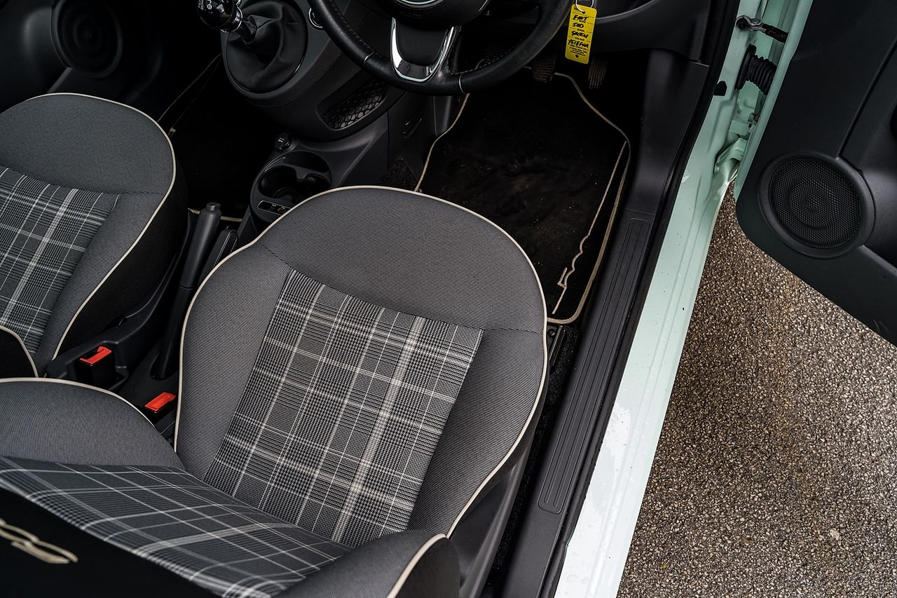 2018 FIAT 500 1.2i Lounge S/S - Picture 25 of 45