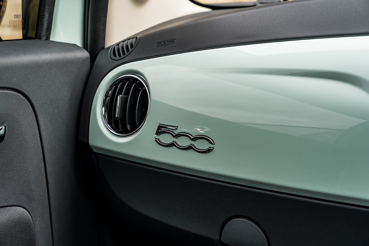 2018 FIAT 500 1.2i Lounge S/S - Picture 34 of 45