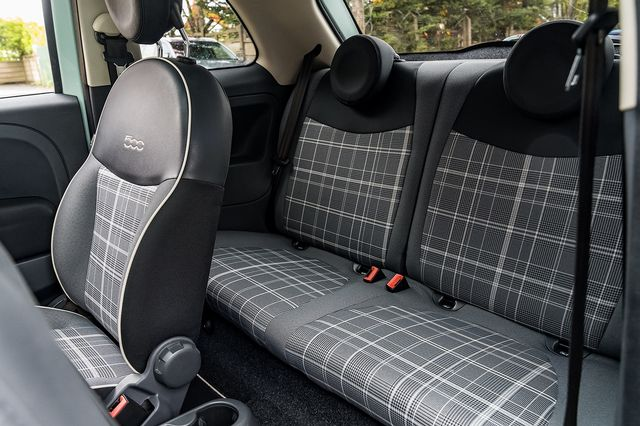 2018 FIAT 500 1.2i Lounge S/S - Picture 40 of 45