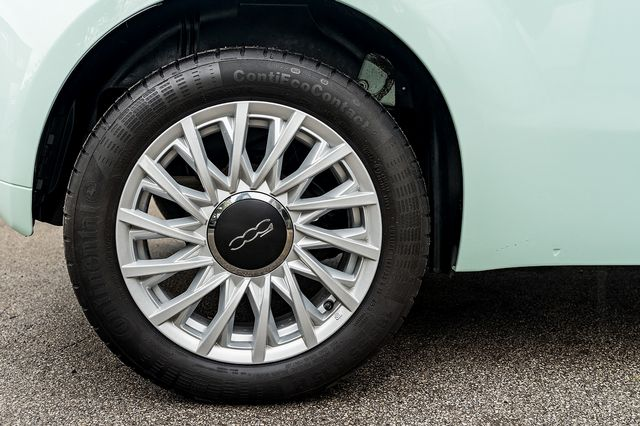 2018 FIAT 500 1.2i Lounge S/S - Picture 44 of 45