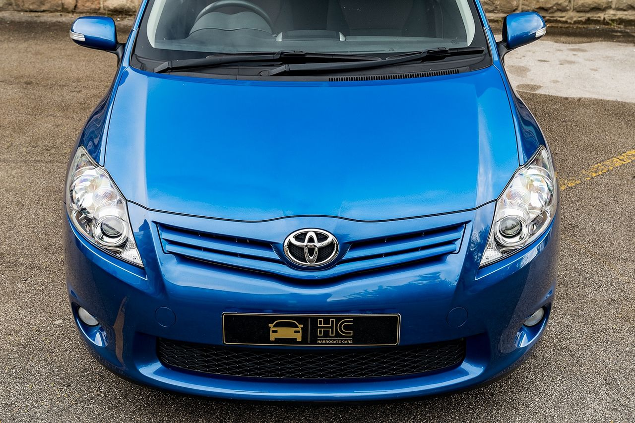 2011 TOYOTA Auris 1.6 V-matic SR - Picture 12 of 42