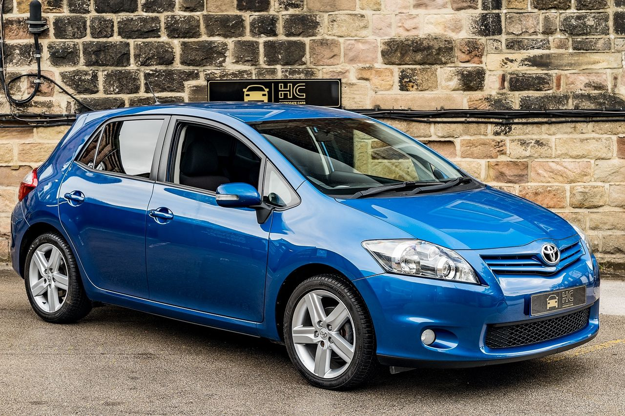 2011 TOYOTA Auris 1.6 V-matic SR - Picture 1 of 42