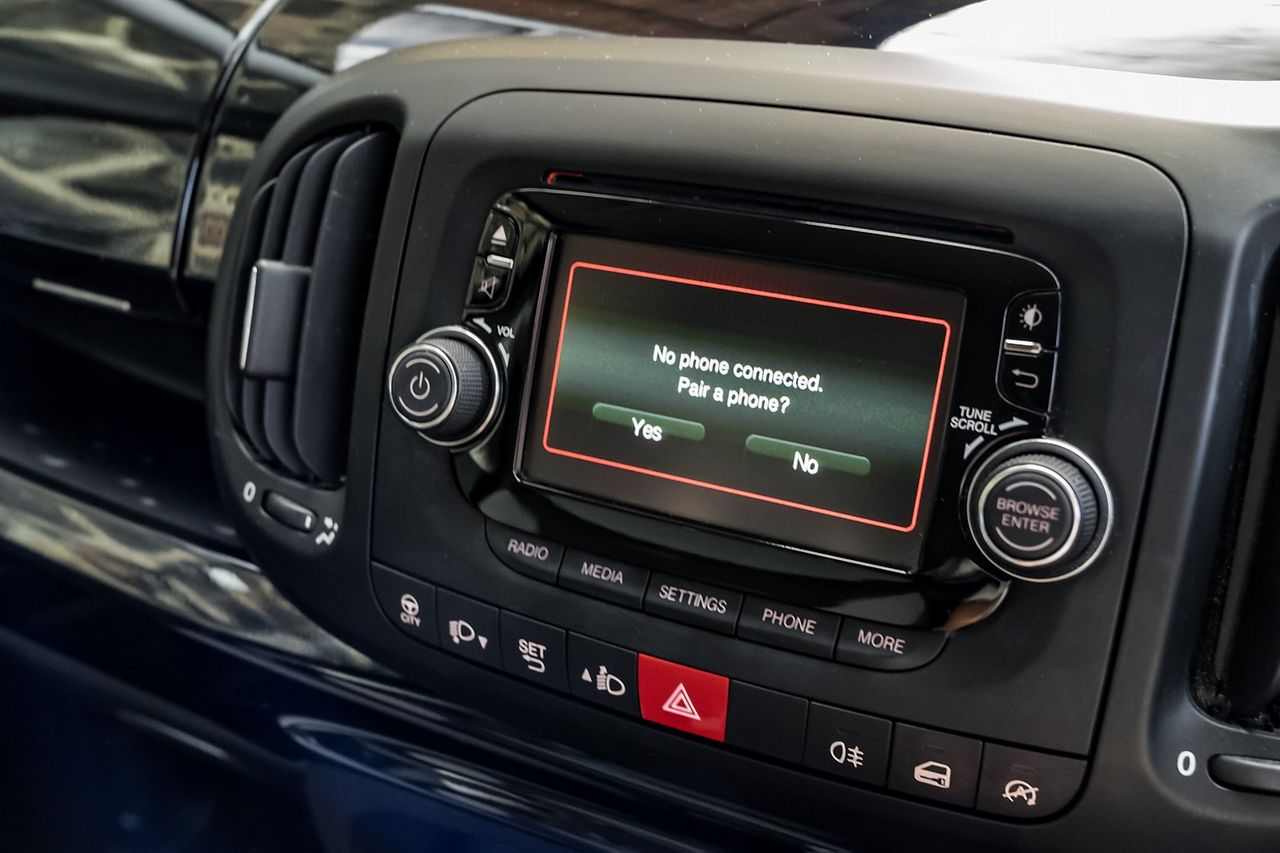 2013 FIAT 500L 1.6 MultiJet Pop Star (105hp) - Picture 15 of 28