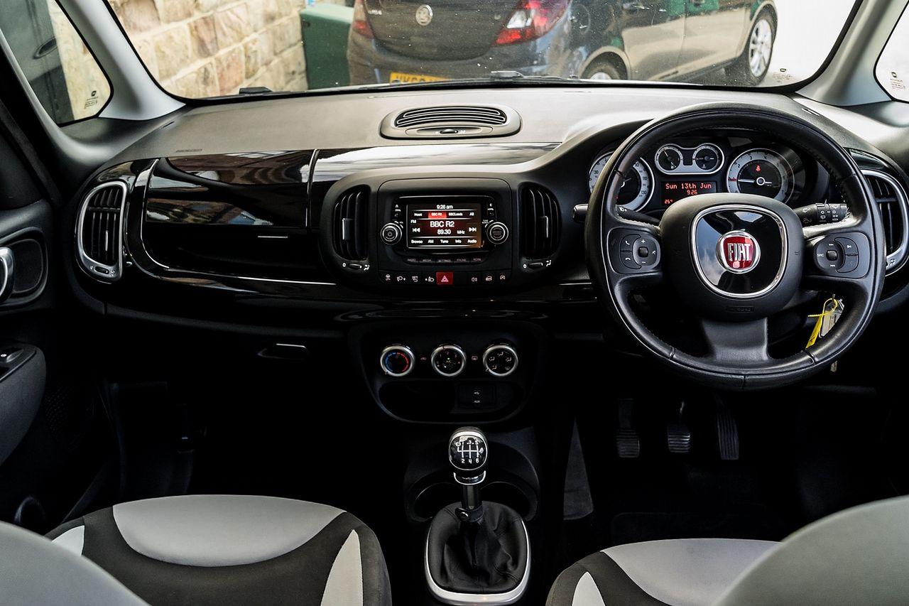 2013 FIAT 500L 1.6 MultiJet Pop Star (105hp) - Picture 20 of 28