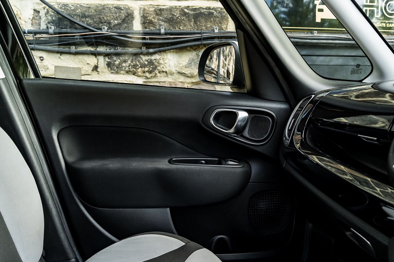 2013 FIAT 500L 1.6 MultiJet Pop Star (105hp) - Picture 25 of 28