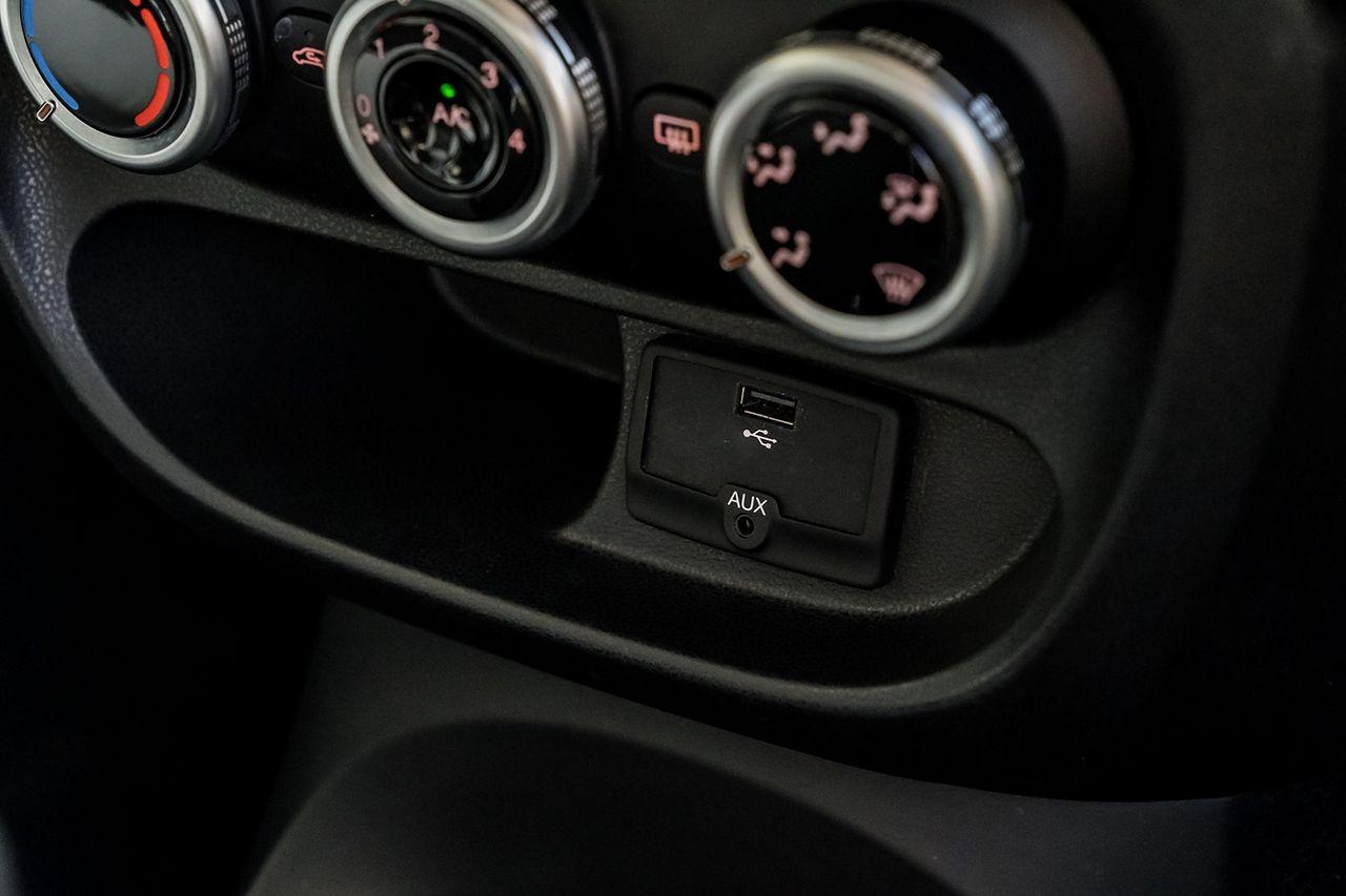 2013 FIAT 500L 1.6 MultiJet Pop Star (105hp) - Picture 26 of 28