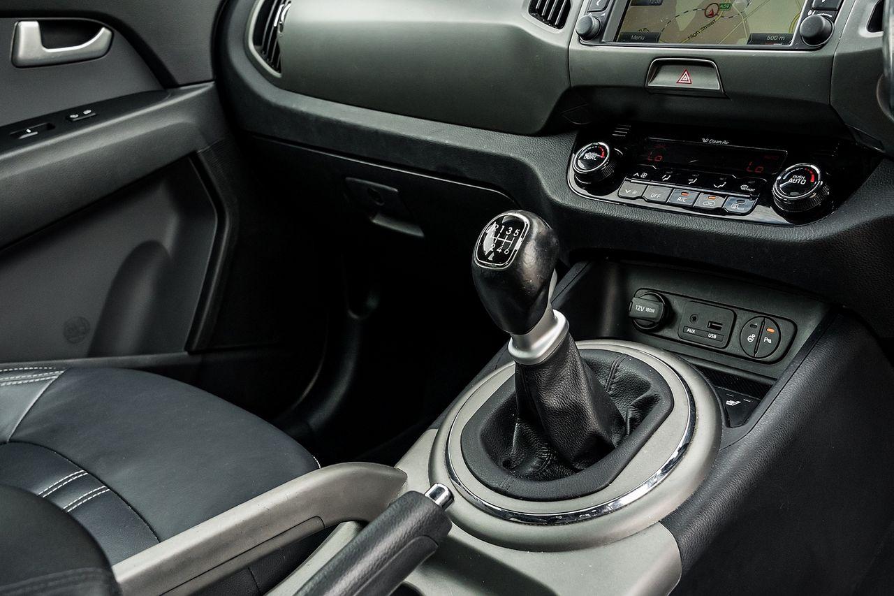 2014 KIA Sportage 1.7 CRDi 4 2WD - Picture 16 of 27