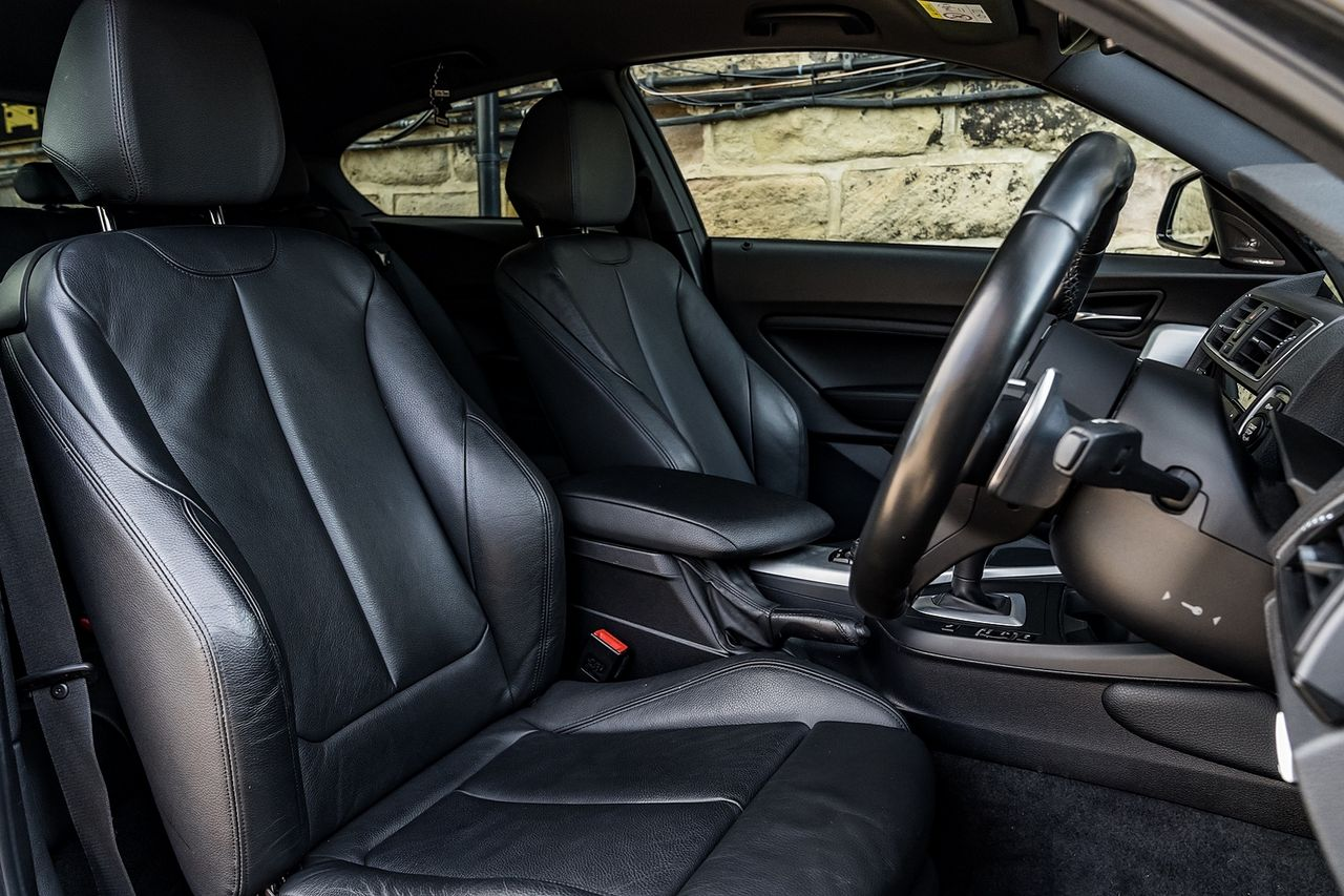 2017 BMW 1 Series 120d M Sport Auto - Picture 15 of 36