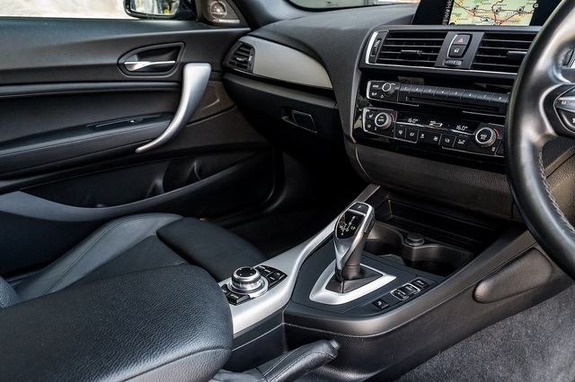 2017 BMW 1 Series 120d M Sport Auto - Picture 17 of 36