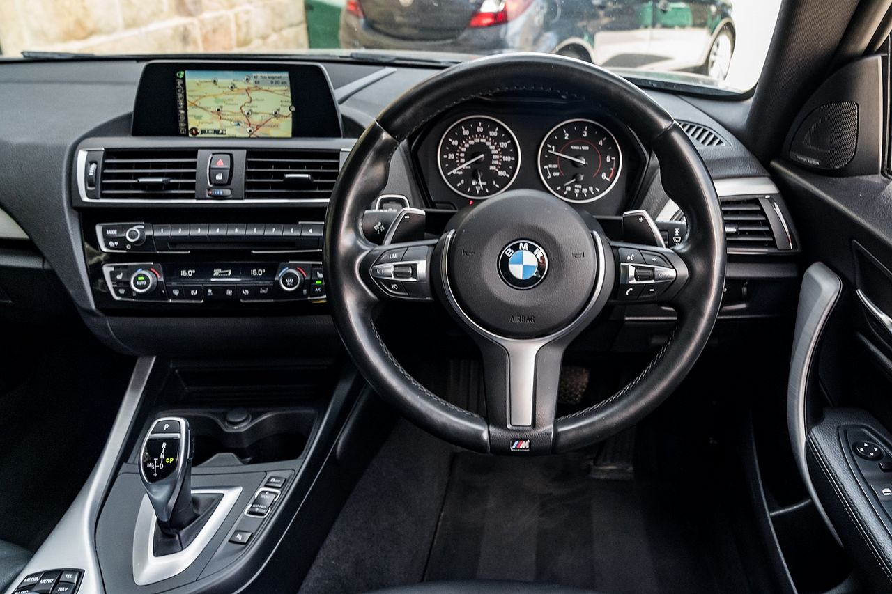 2017 BMW 1 Series 120d M Sport Auto - Picture 18 of 36