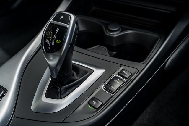 2017 BMW 1 Series 120d M Sport Auto - Picture 33 of 36