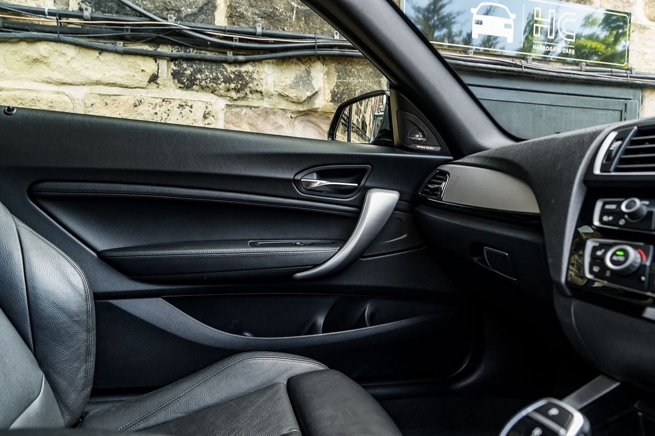 2017 BMW 1 Series 120d M Sport Auto - Picture 35 of 36
