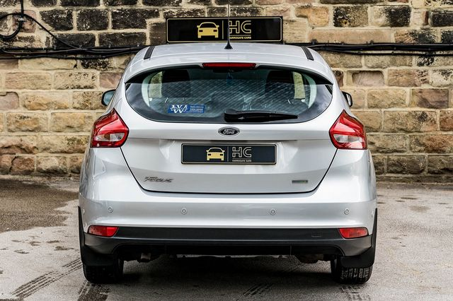 2015 FORD Focus Zetec 1.0T 125PS EcoBoost - Picture 4 of 41