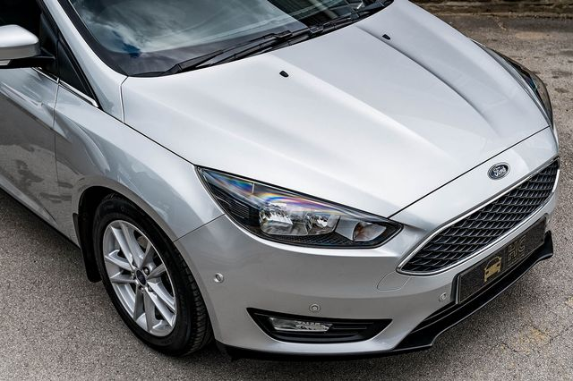 2015 FORD Focus Zetec 1.0T 125PS EcoBoost - Picture 8 of 41