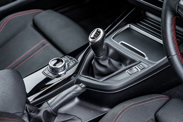 2018 BMW 1 Series 118i Sport - Picture 28 of 41