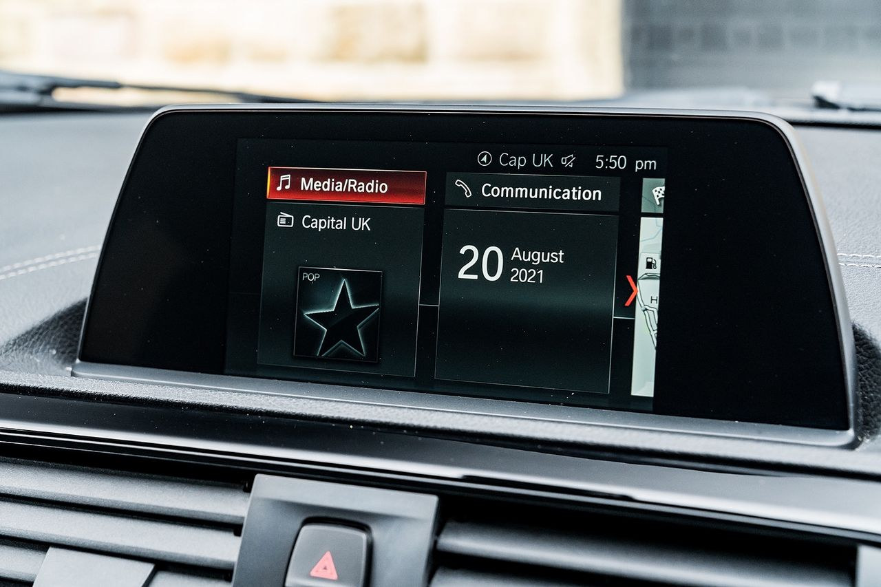 2018 BMW 1 Series 118i Sport - Picture 31 of 41