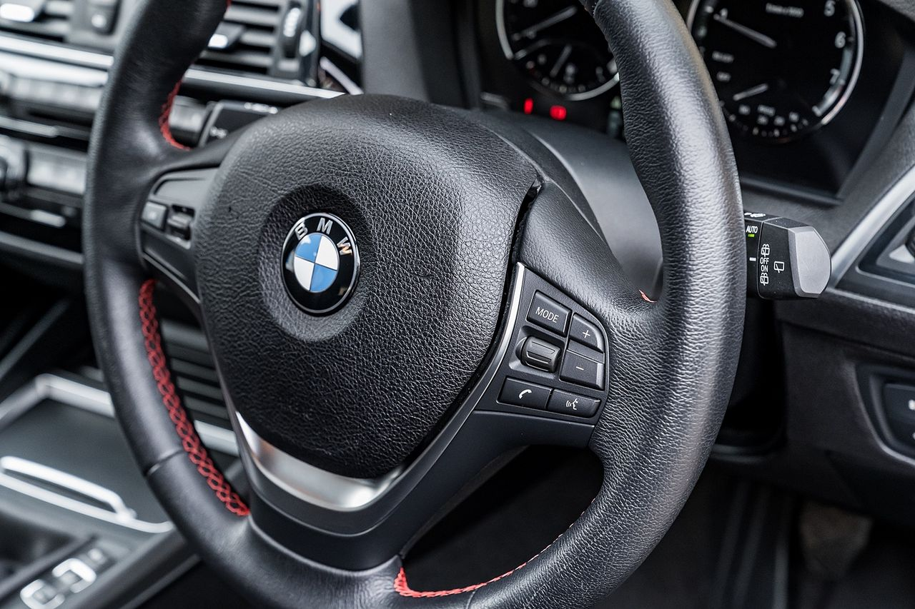 2018 BMW 1 Series 118i Sport - Picture 37 of 41
