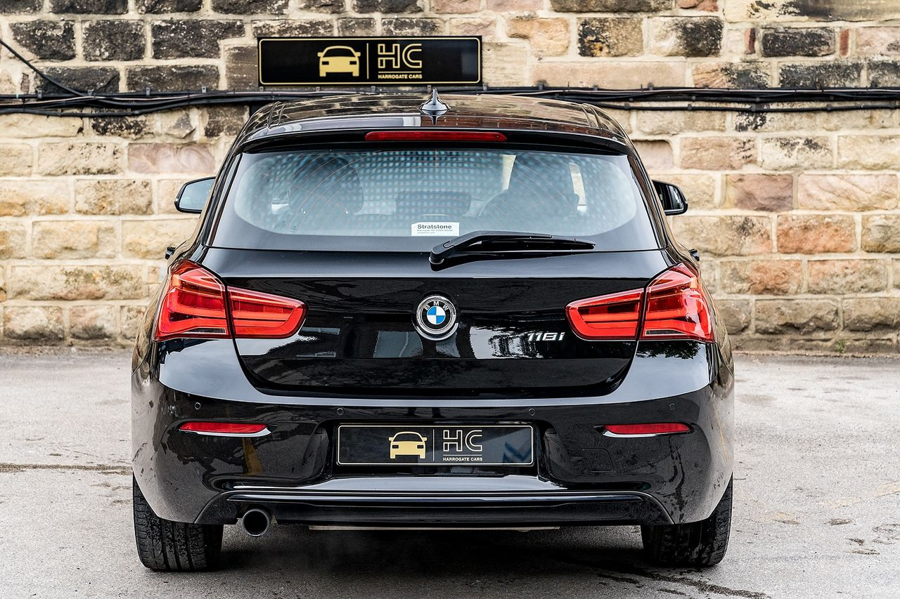 2018 BMW 1 Series 118i Sport - Picture 4 of 41
