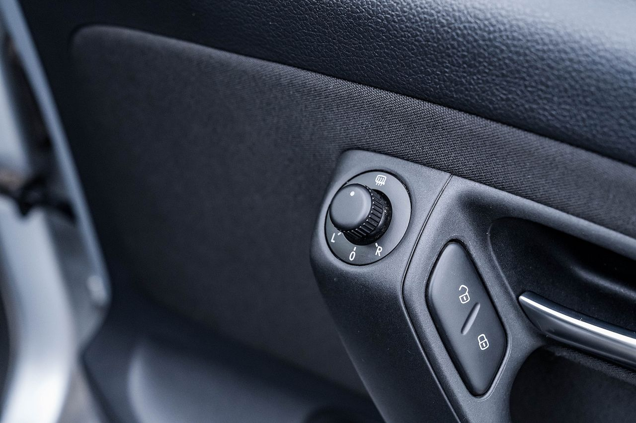 2014 VOLKSWAGEN POLO MATCH EDITION - Picture 24 of 39