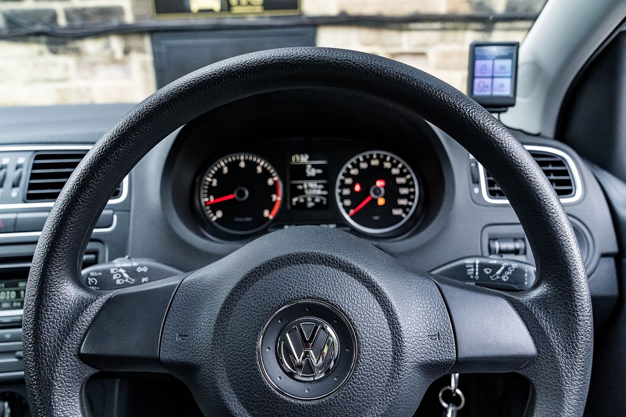 2014 VOLKSWAGEN POLO MATCH EDITION - Picture 27 of 39