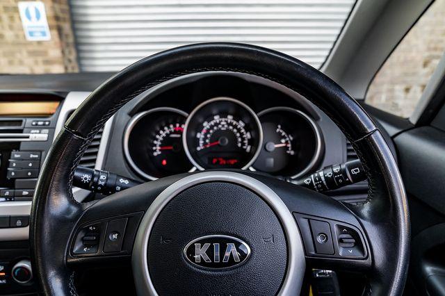 2015 KIA Venga 1.6 Venga '2' Automatic - Picture 30 of 40
